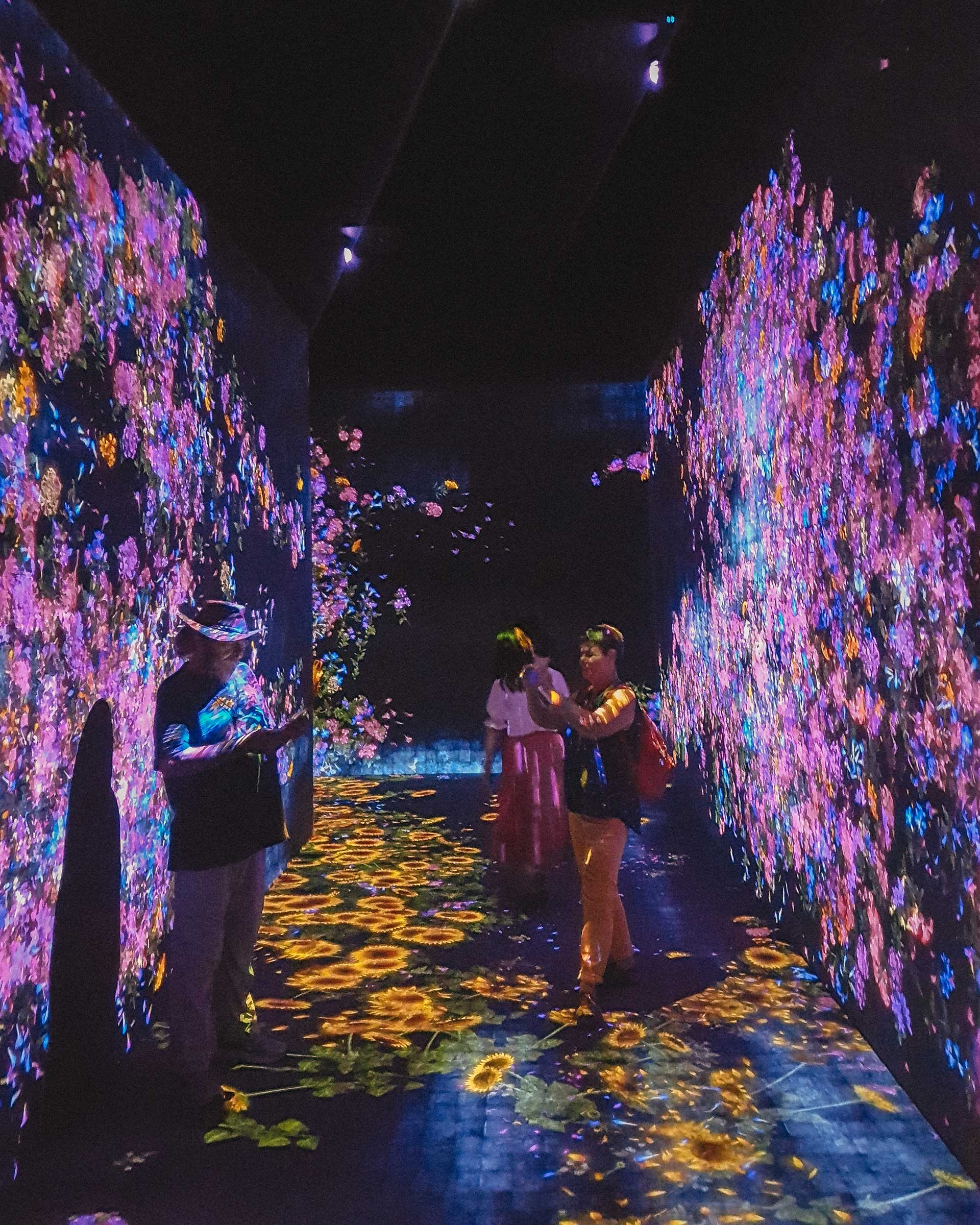 Forest of Flowers and People at teamLab Borderless, Tokyo