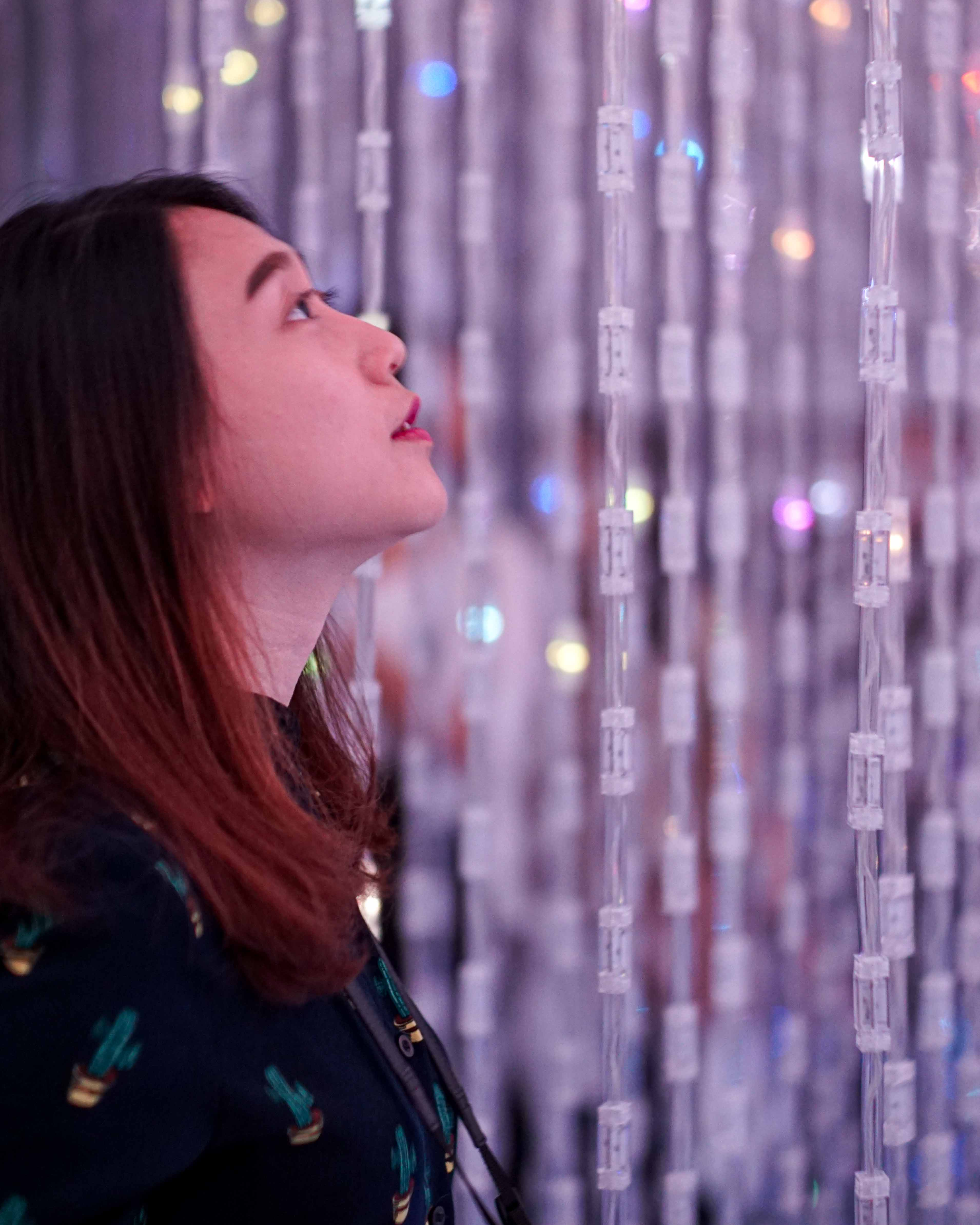FattyBonbon admiring the Crystal World at teamLab Borderless, Tokyo