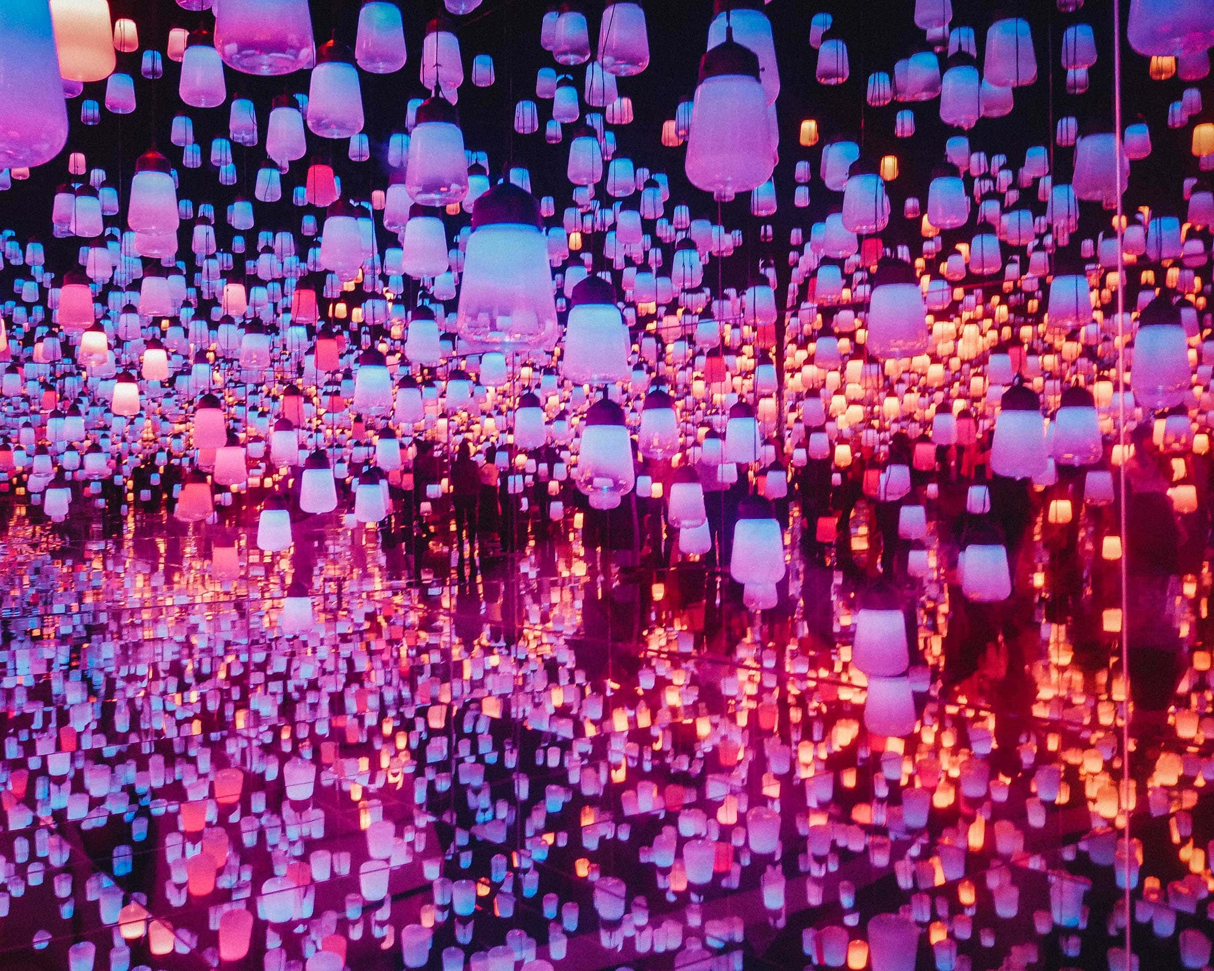 Forest of Resonating Lamps at teamLab Borderless, Tokyo