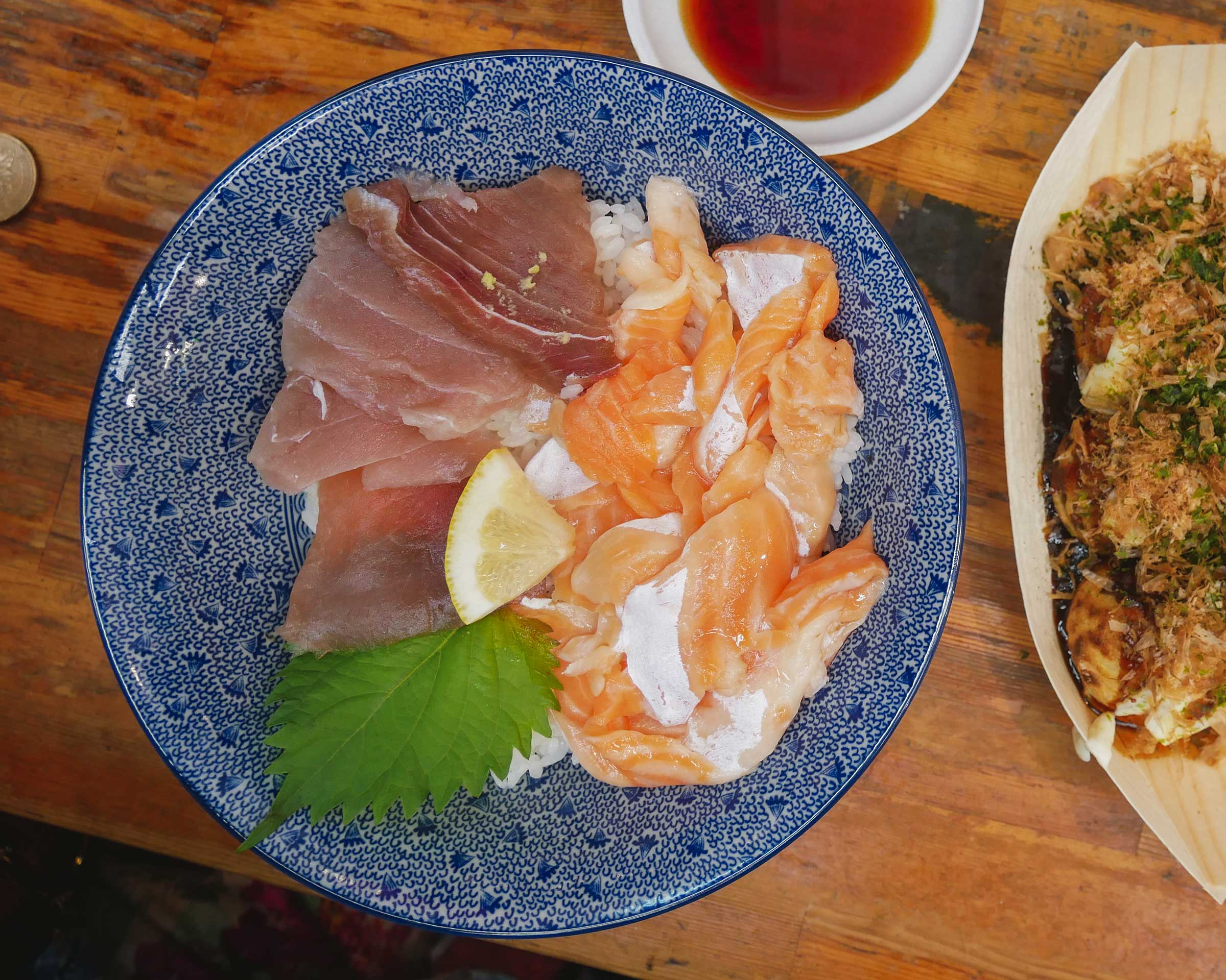 Seafood Rice Bowl at Minatoya (みなとや食品)